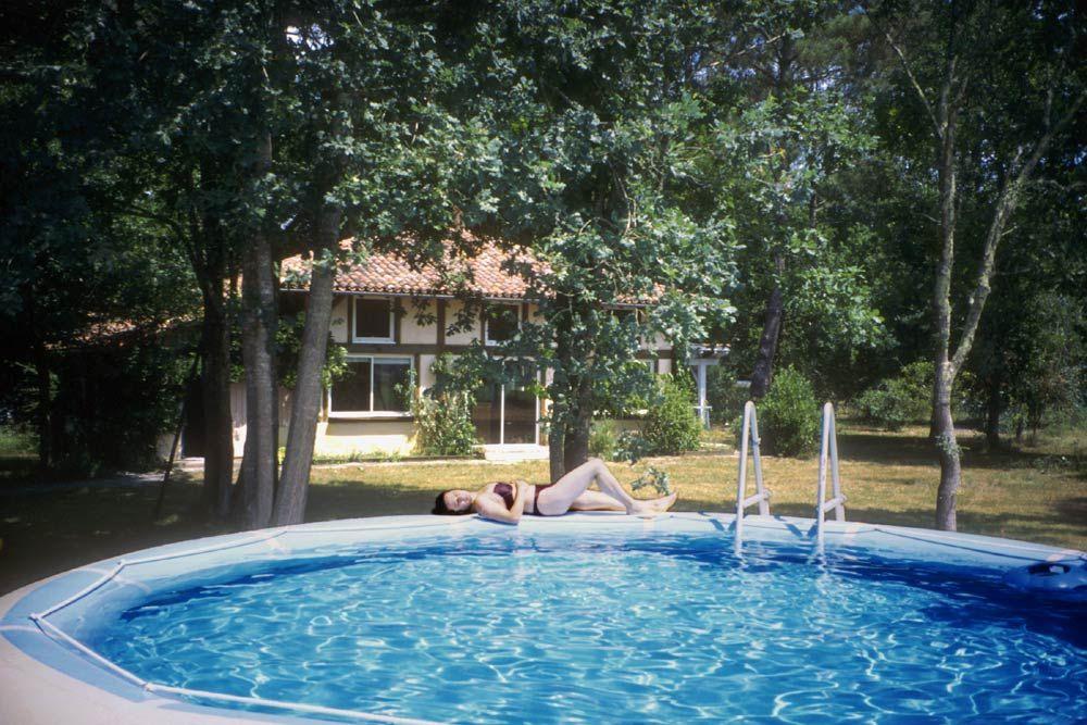 maison_piscine_maison messanges hébergement surf