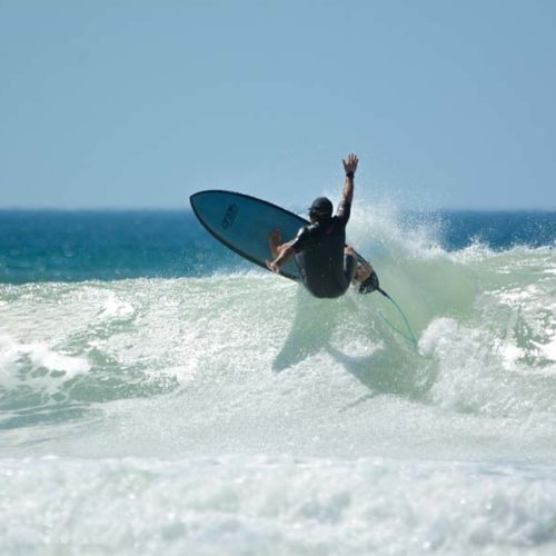 benoit-prof-de-surf-messanges-en-action-2