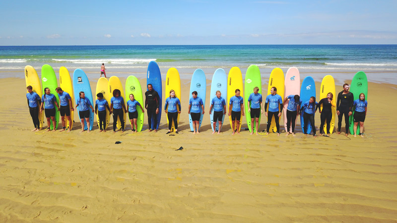 photo-groupe-cours-collectif-stage-surf