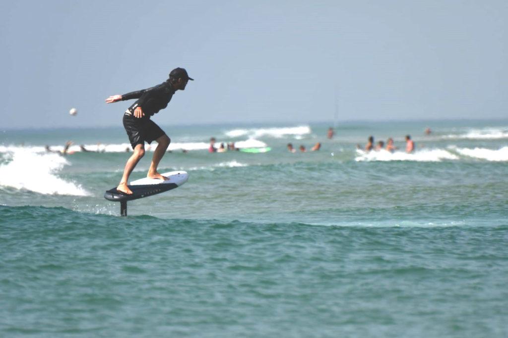 foil-benoit-desert-point-ecole-surf-messanges
