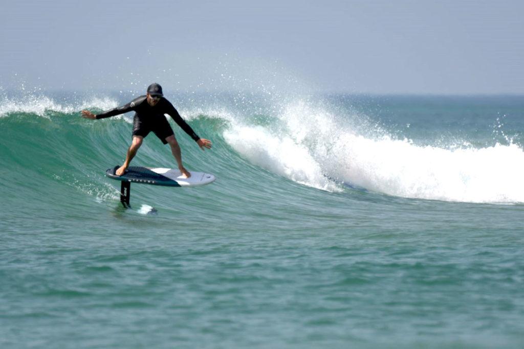foil-benoit-moniteurt-ecole-surf-messanges