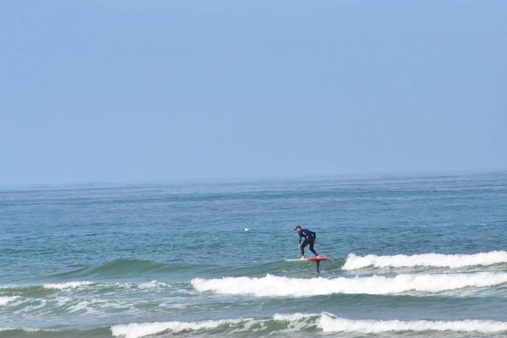 foil-pacome-desert-point-ecole-surf-messanges